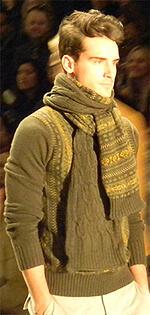 Perry Ellis scarf