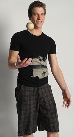 Clint - Fashion Forward Casual