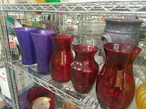 20180614_192321-colored vases grafton2