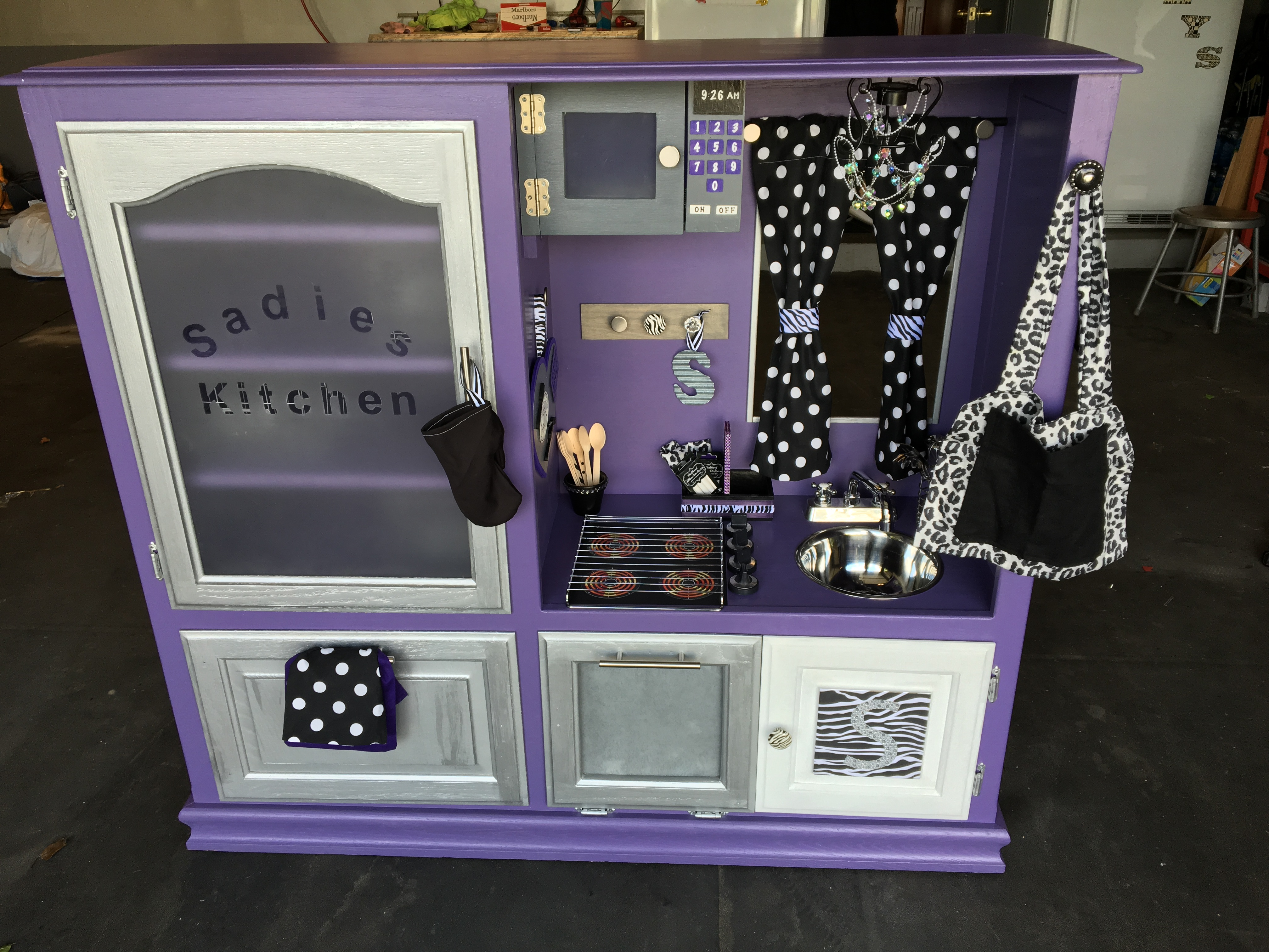 Goodwill Utlimate Upcycling Runner-up - Taylor C. Play Kitchen