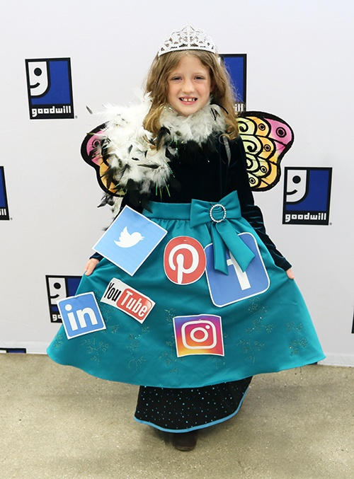 Amazing Costumes - Social Butterfly
