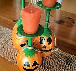 Halloween DIY - Wine Glass Centerpiece