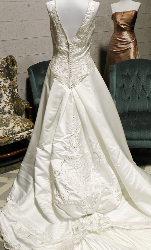 Goodwill Bridal And Bridesmaid Gown Event